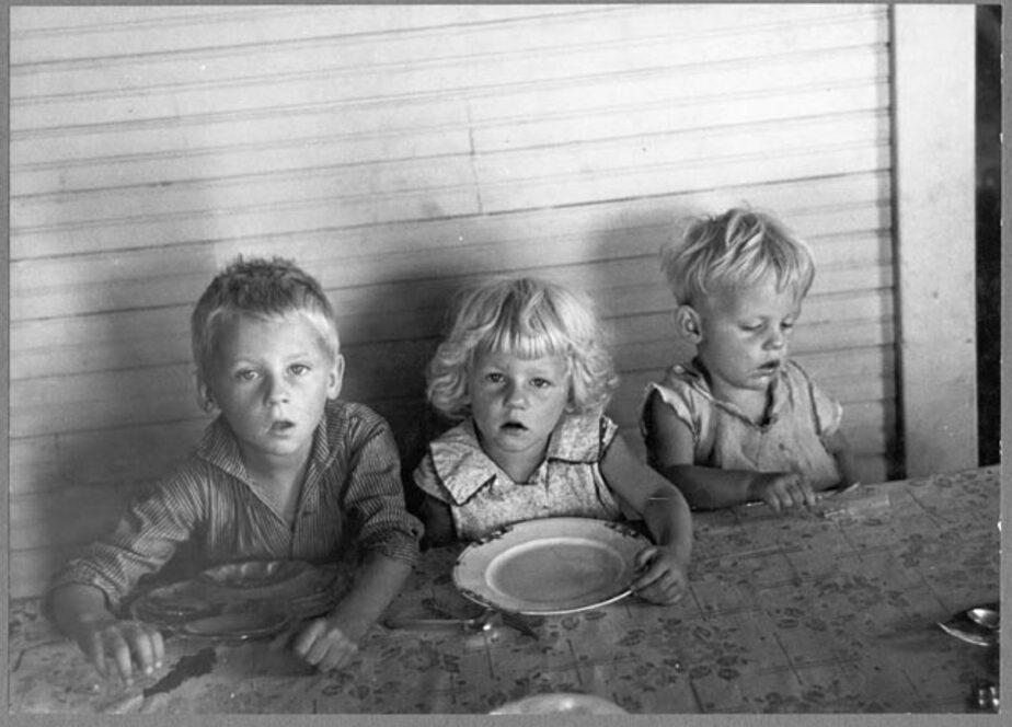 25-летняя жительница Советска в течение полугода морила голодом своих детей - Новости Калининграда