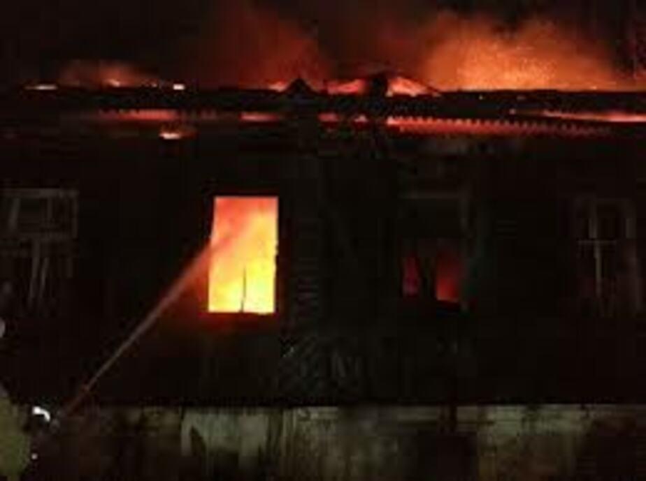 В Светлом на рыбообрабатывающем предприятии горели бараки с узбеками - Новости Калининграда