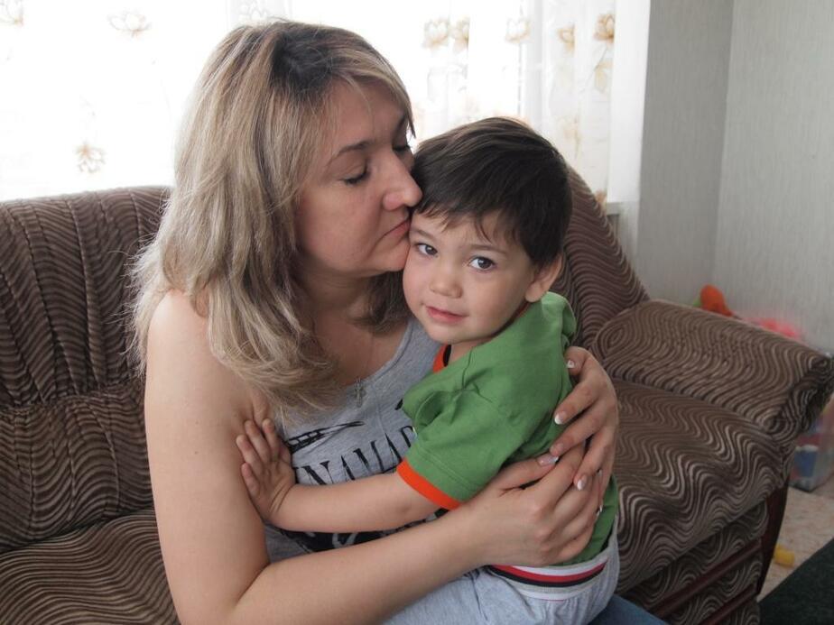 """""""Через неделю он назвал меня мамой""""- малыш из Дома ребенка нашел семью - Новости Калининграда"""