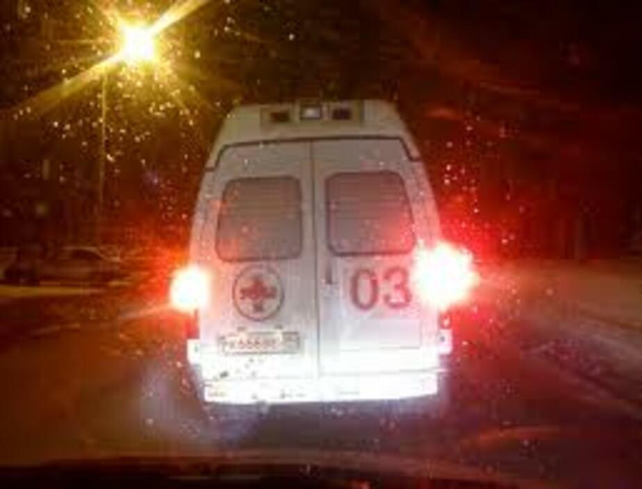 """На Мамоновском шоссе -""""Мерседес-"""" насмерть сбил пешехода - Новости Калининграда"""