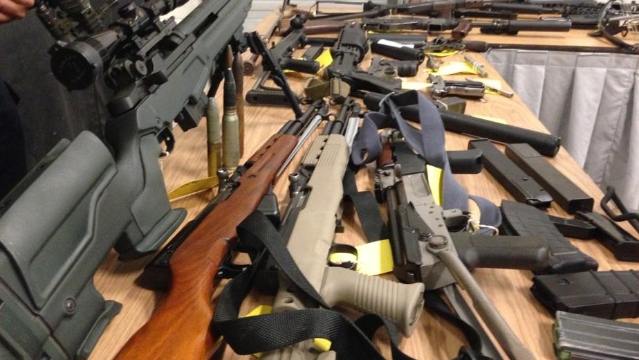 В Черняховске у военнослужащего в запасе нашли арсенал оружия - Новости Калининграда