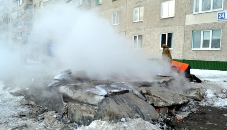 Замерзших из-за прорыва теплотрассы жителей Черняховска переселяют в гостиницы