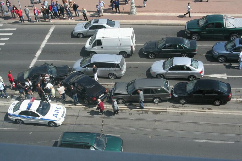 Житель Твери спровоцировал ДТП с пятью машинами в центре Калининграда - Новости Калининграда