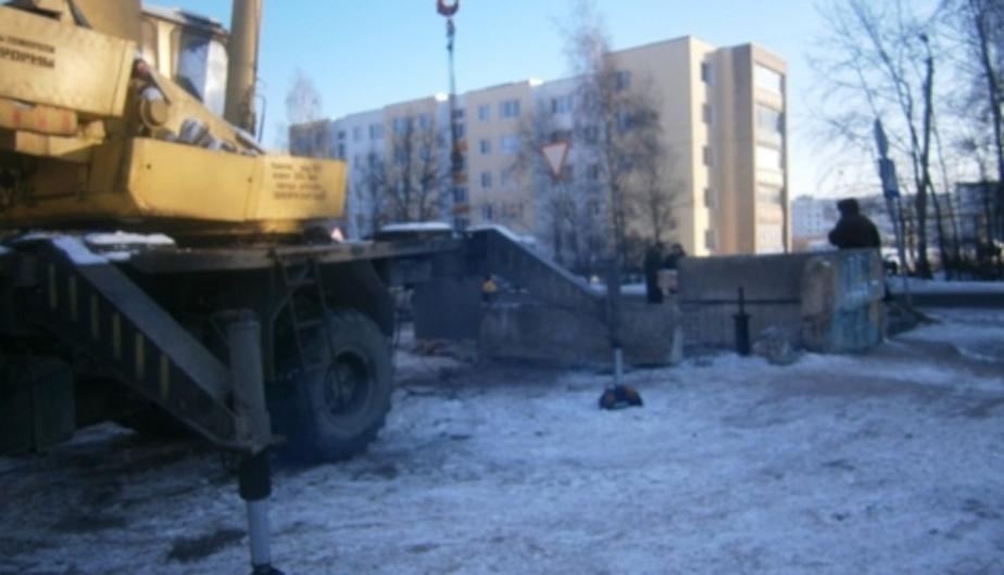 В Черняховске после прорыва теплотрассы в 15 домов вернулось тепло - Новости Калининграда