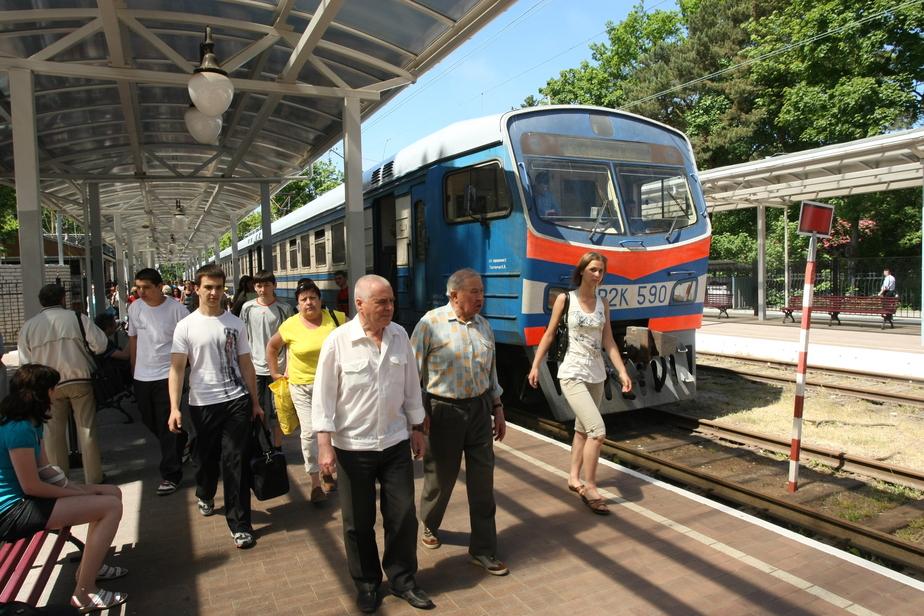 Пригородные поезда с 9 по 11 мая будут курсировать по расписанию выходного дня - Новости Калининграда