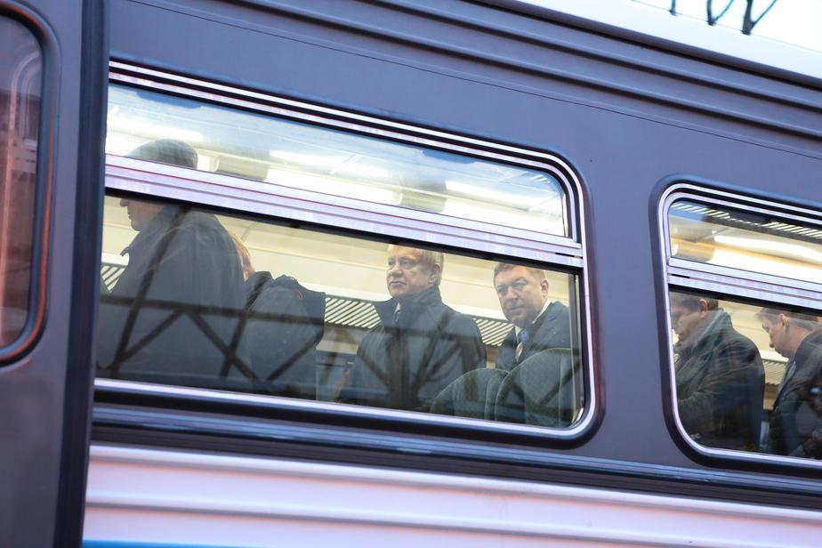 Жители Чкаловска жалуются в правительство на отмену рельсобуса  - Новости Калининграда