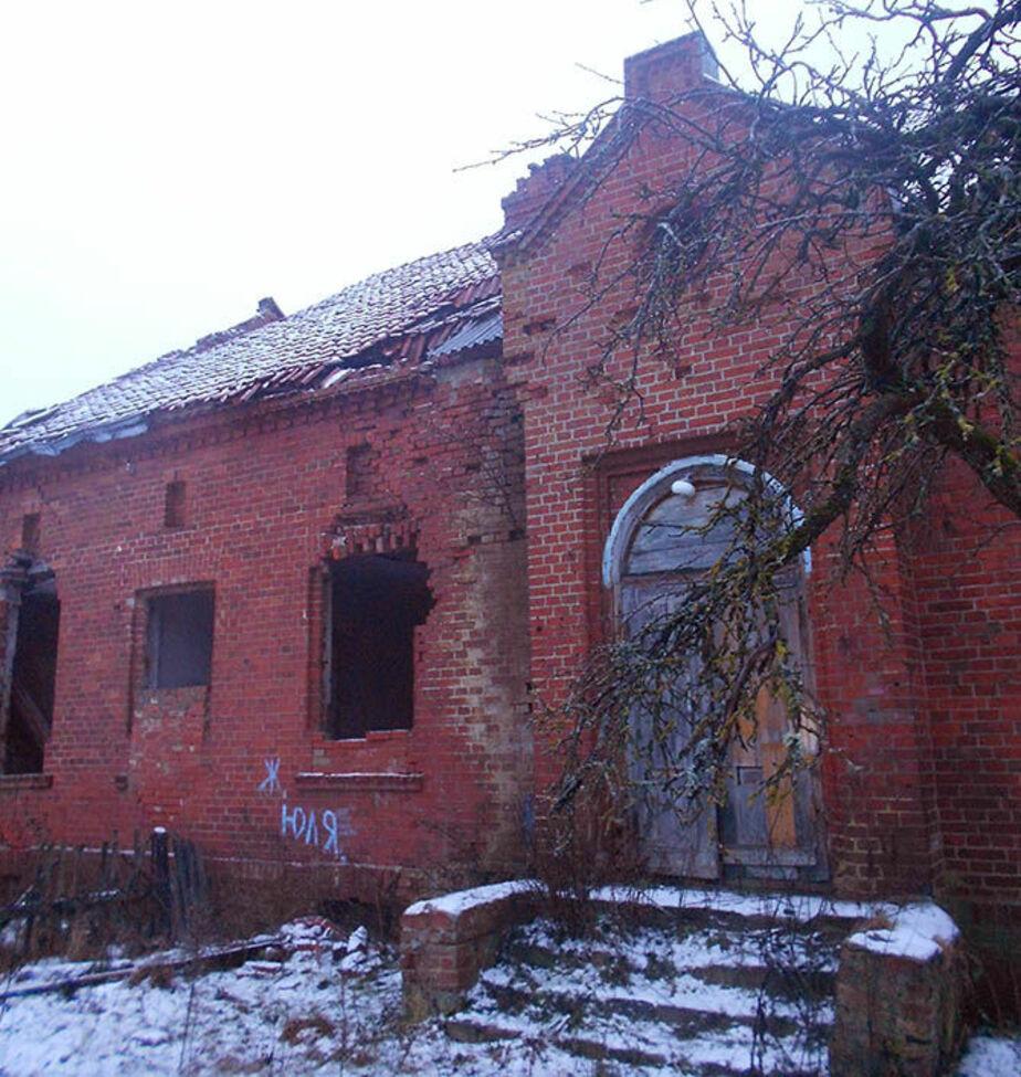 Под Черняховском разрушается дом, в котором жил Кант - Новости Калининграда