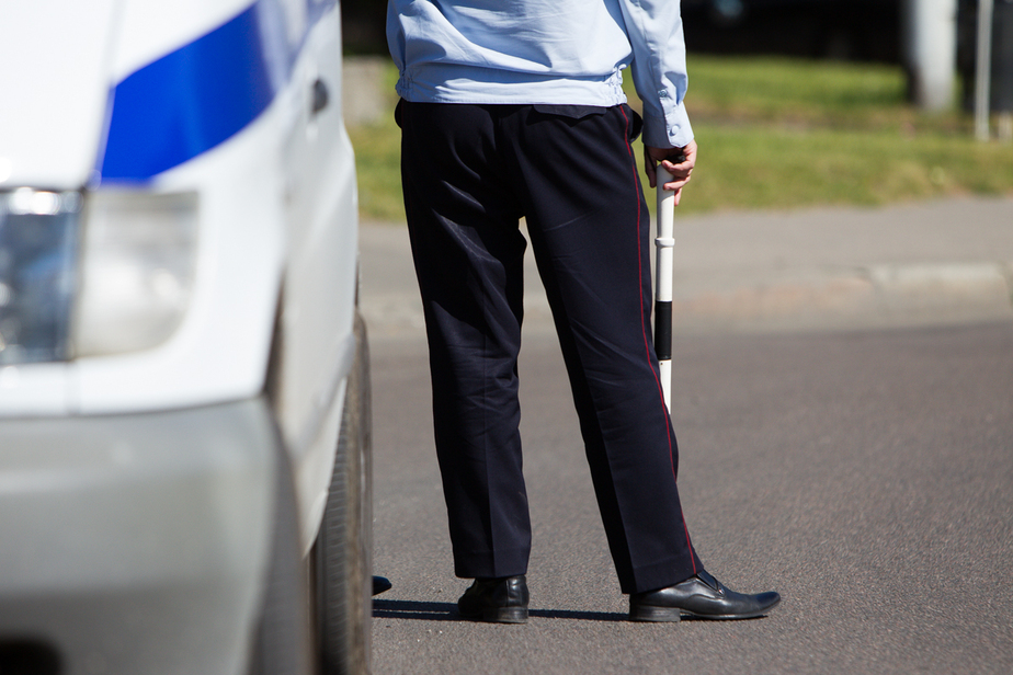 Инспектор ДПС оштрафован судом в Калининграде за взятку - Новости Калининграда