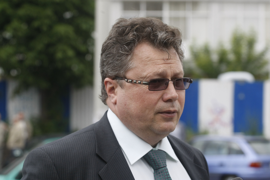 """Глава """"Калининград-ГорТранса"""" рассказал, как частники уничтожают муниципальные автобусы и трамваи"""