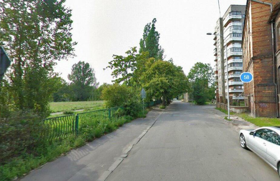 В Калининграде закрывают парковку на ул. Вагнера  - Новости Калининграда