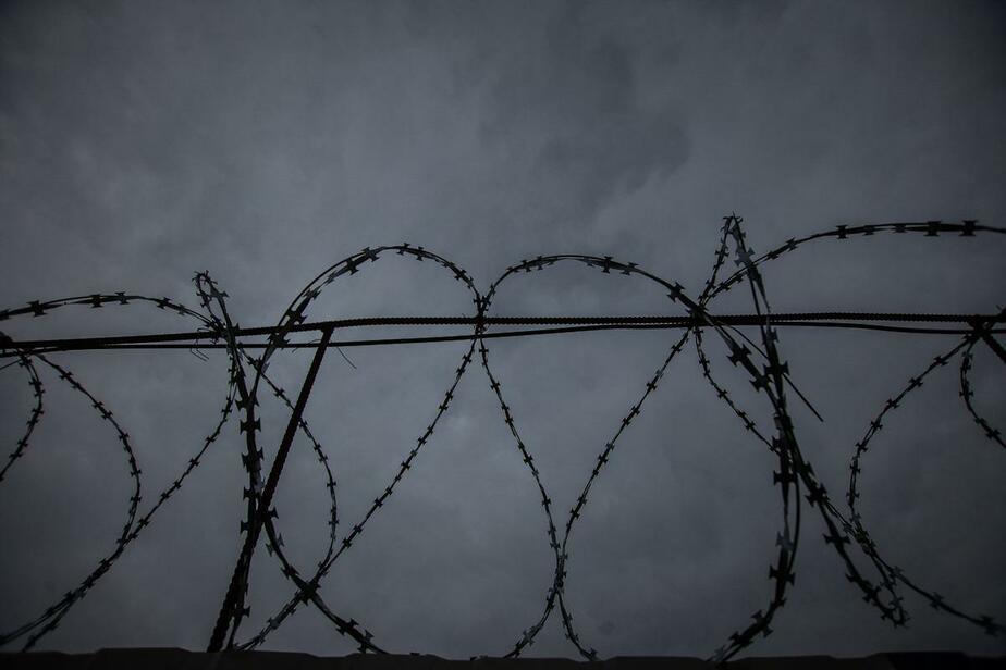 В ИК-7 заключённого, спрятавшего мобильный в сушильном шкафу, убило током - Новости Калининграда