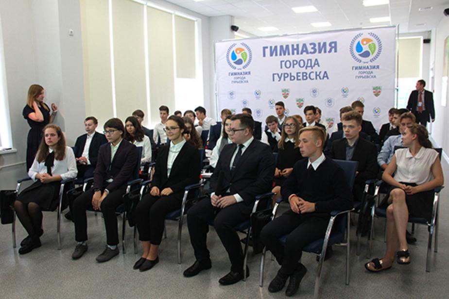 Школьник из Калининграда рассказал Путину о двигателе, который он изобрел для самолётов МС-21 - Новости Калининграда