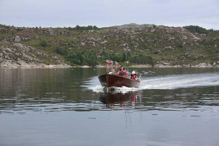 заменён гибель рыбаков в норвегии фото калининград текст фото, используйте