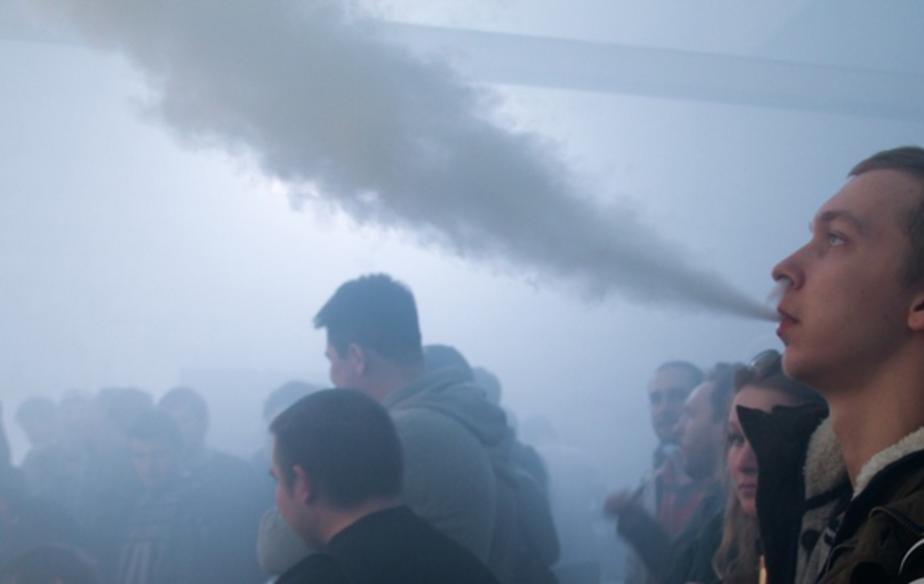 Калининградские школьники перешли на электронные сигареты - Новости Калининграда