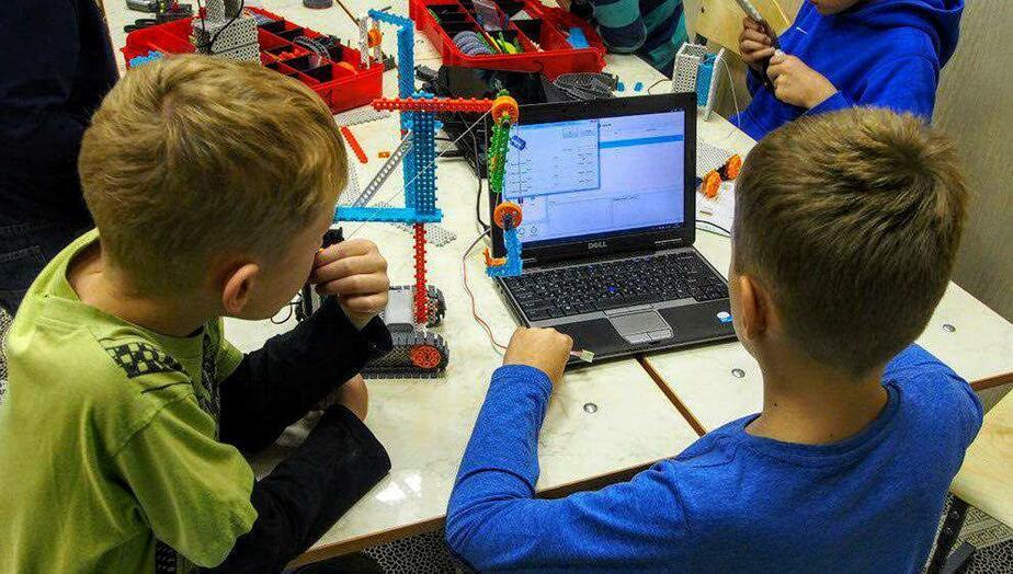 Робототехника и программирование на базе Minecraft: как в Калининграде растят вундеркиндов - Новости Калининграда
