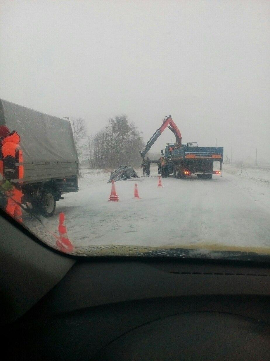 В Калининграде из-за обильного снегопада произошло несколько ДТП, образовались пробки  - Новости Калининграда
