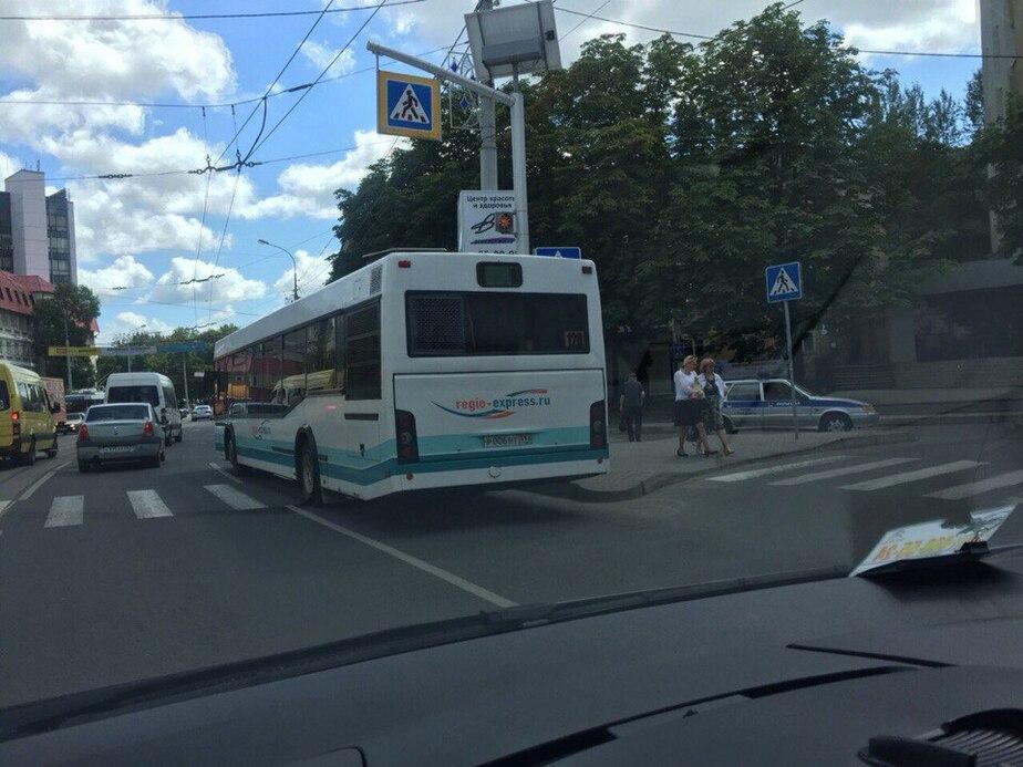 На Советском проспекте междугородний автобус сбил пенсионерку - Новости Калининграда