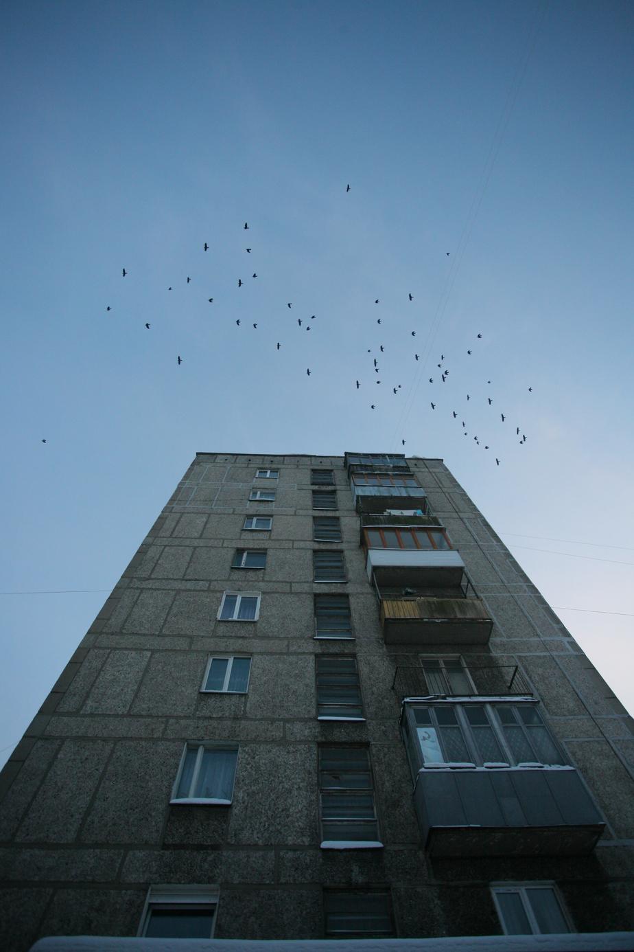 В Гурьевске пьяный мужчина выпрыгнул с четвертого этажа