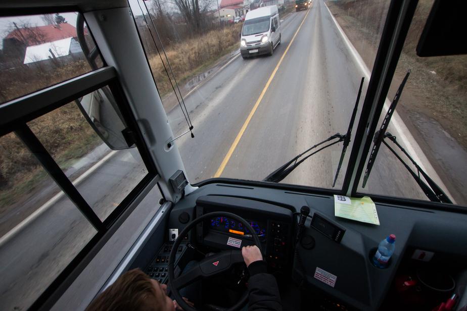 Ярошук пообещал закупку новых автобусов, несмотря на срыв сделки с владимирской компанией - Новости Калининграда