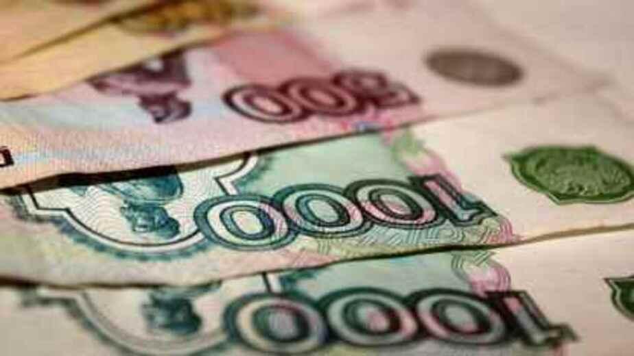Глава Сбербанка предсказал дальнейшее падение рубля