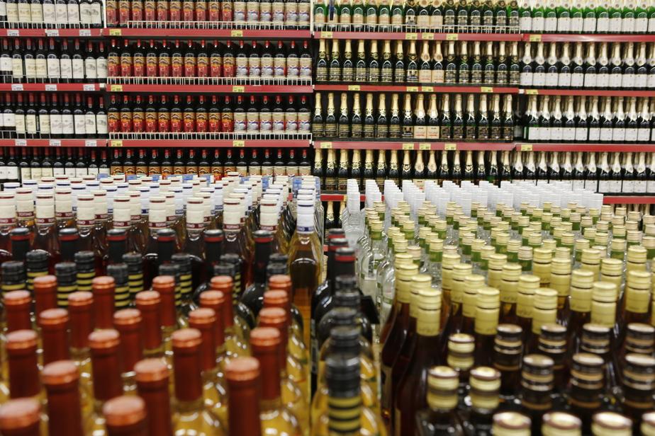 Чиновники обсудили возможность снизить цены на вино - Новости Калининграда
