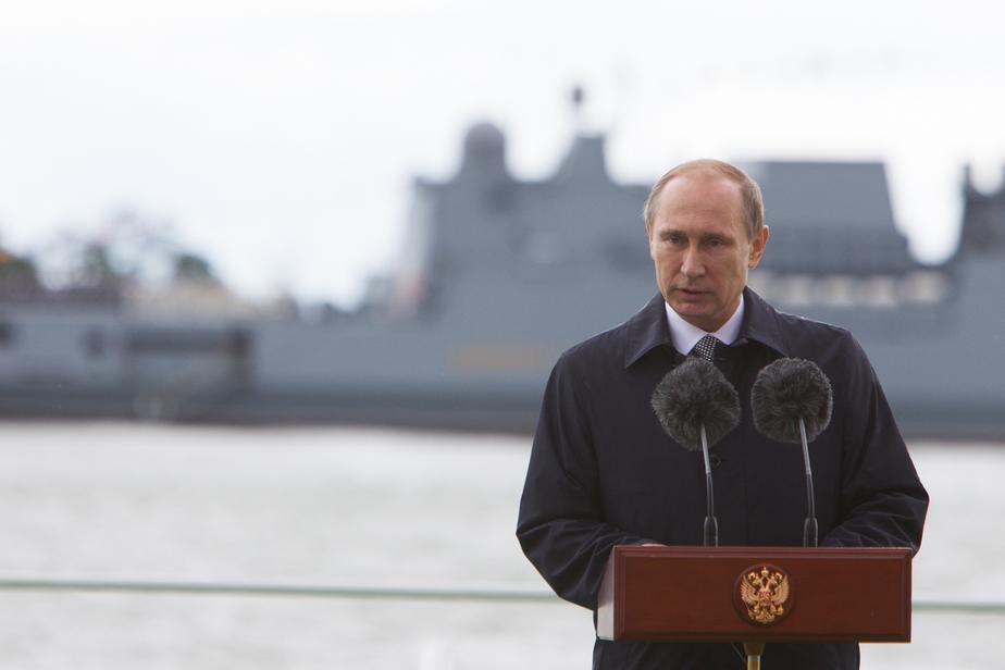 Путин: В России не может быть другой объединяющей идеи, кроме патриотизма