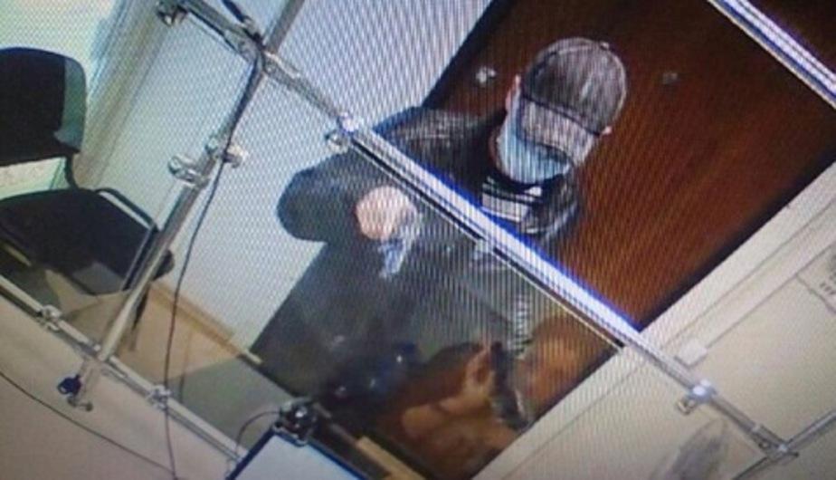 В Калининграде задержали подозреваемого в серии разбойных нападений на павильоны микрозаймов - Новости Калининграда