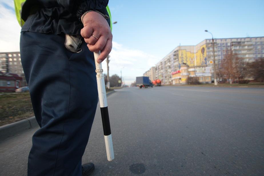 Московский проспект встал в пробке из-за ДТП - Новости Калининграда