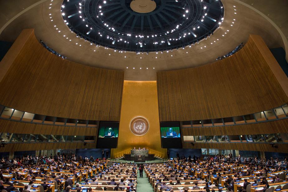 Российские дипломаты покинули зал во время агрессивной речи Порошенко - Новости Калининграда