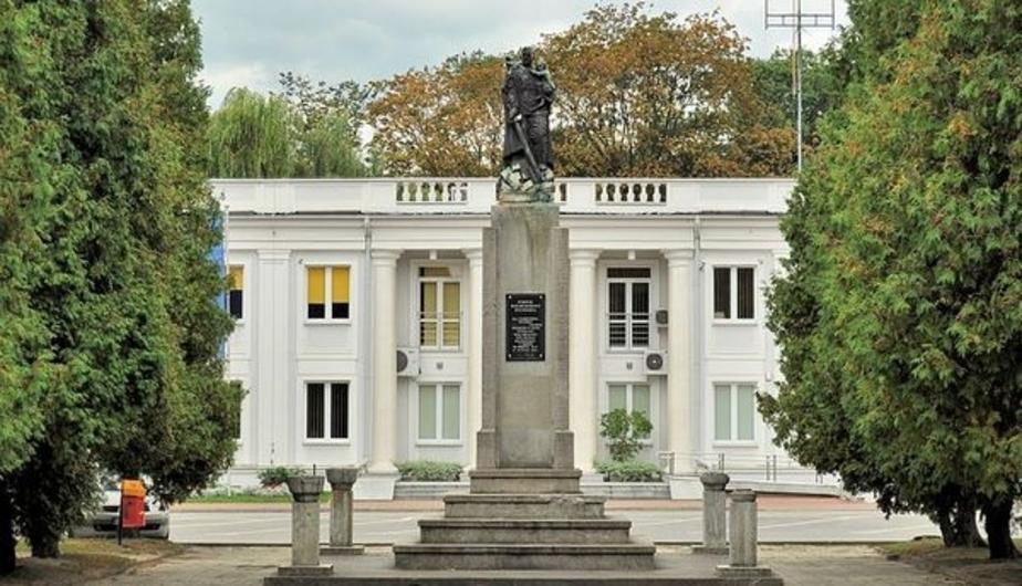 МИД России назвал противоправным снос памятника благодарности Красной армии в Польше