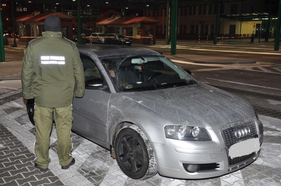 """Польские пограничники задержали калининградку на """"Ауди"""" с перебитым VIN"""