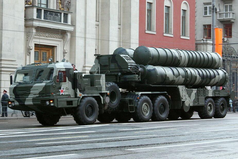 Россия перебросит в Сирию комплексы С-300 и С-400