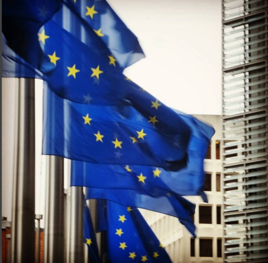 """Евросоюз предложил России списать часть долга Киеву как """"хорошему другу"""""""
