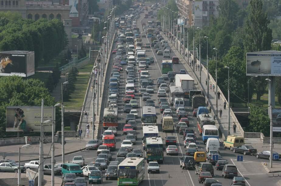 В Калининграде каждая девятая машина — премиум-класса