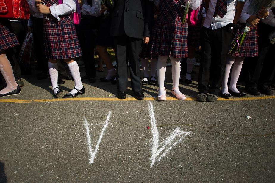 Путин порекомендовал школам перейти на работу в одну смену