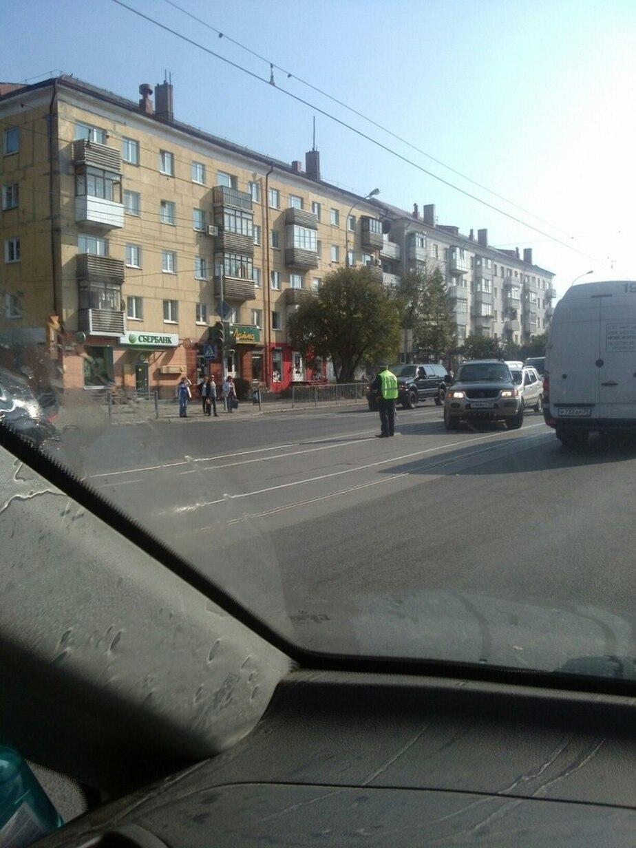 На двух перекрестках Советского проспекта не работают светофоры - Новости Калининграда
