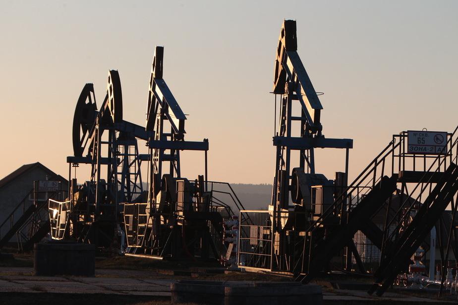 Крупнейшая нефтяная компания России сверстала бюджет из расчёта $50 за баррель  - Новости Калининграда