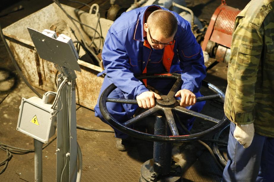 Цуканов: Месяц жары показал, что водозаборные скважины не справляются с нагрузкой - Новости Калининграда