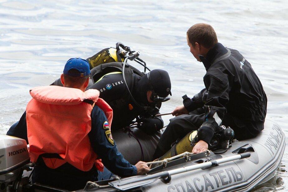 Труп мужчины, прыгавшего с эстакадного моста, всплыл возле ДКМ - Новости Калининграда
