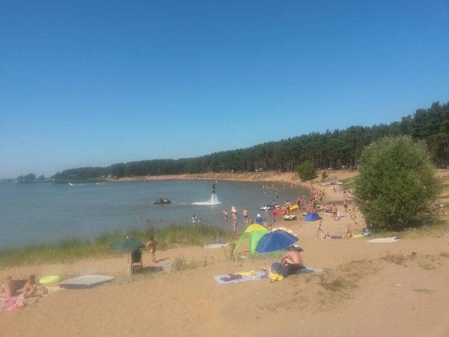 На Голубых озерах аквабайкеры катаются прямо среди купающихся  - Новости Калининграда