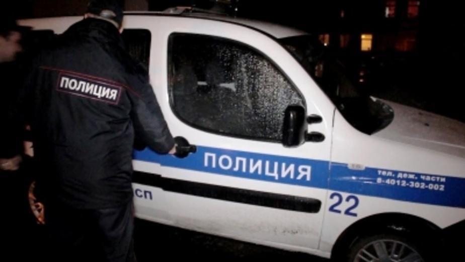 В Калининграде полицейская машина сбила мужчину на переходе