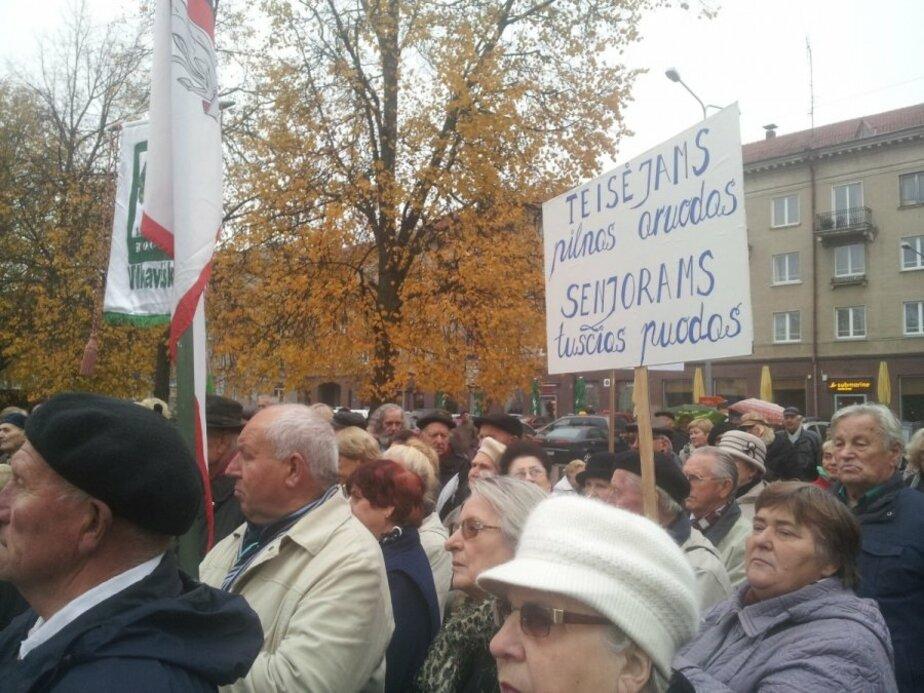 В Вильнюсе пенсионеры бастуют против нищеты - Новости Калининграда