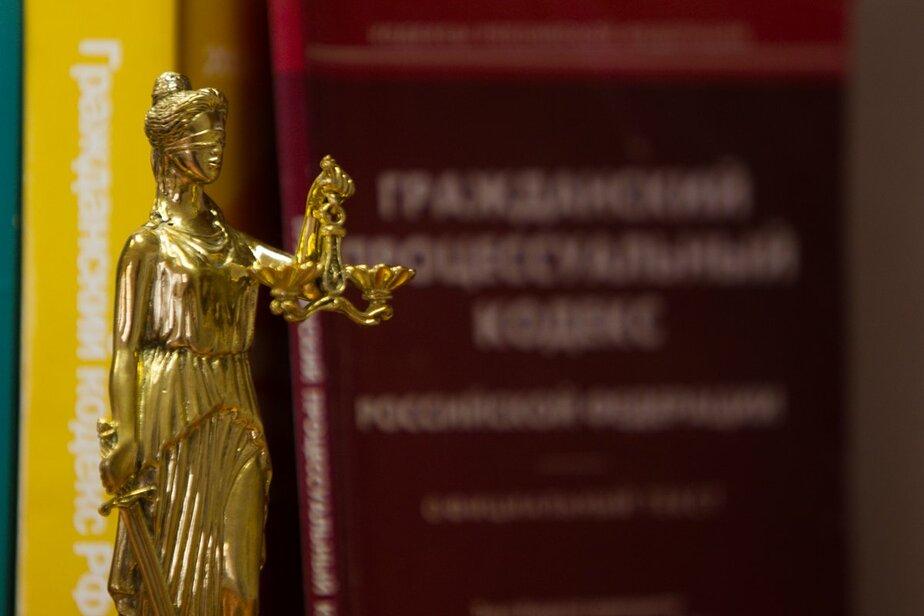 Владелица залитой дождём квартиры отсудила у подрядчика полмиллиона рублей - Новости Калининграда