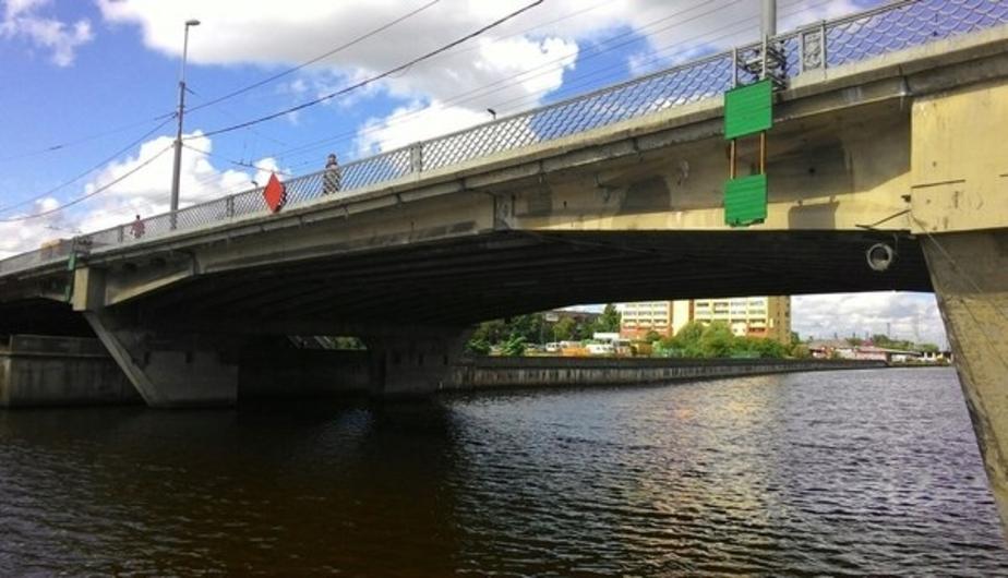 Спрыгнувшего с Эстакадного моста калининградца до сих пор не нашли - Новости Калининграда
