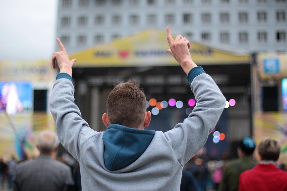 День города-2015: Клопс.Ru показывает видеотрансляцию концерта у Дома Советов - Новости Калининграда