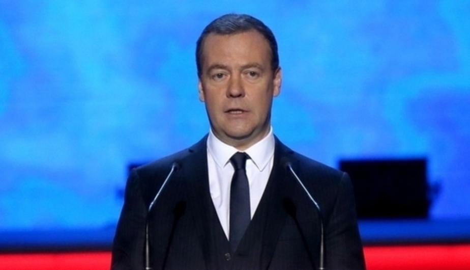 """Медведев: Жизнь в условиях санкций будет """"неопределённо долгой"""" - Новости Калининграда"""