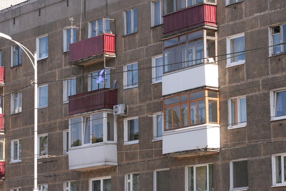 В Калининграде девушка выпрыгнула из окна 6-го этажа - Новости Калининграда