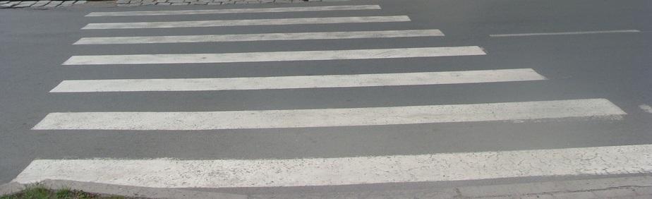 """В Гурьевском районе """"Мерседес"""" на переходе сбил 14-летнюю девочку"""