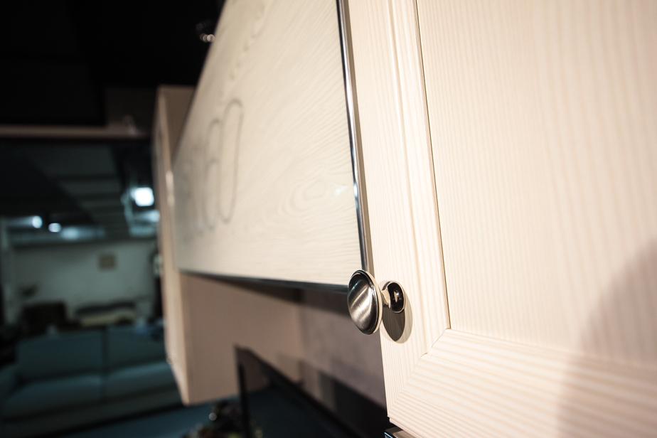 Несуществующая мебель обошлась калининградке в 150 тысяч - Новости Калининграда
