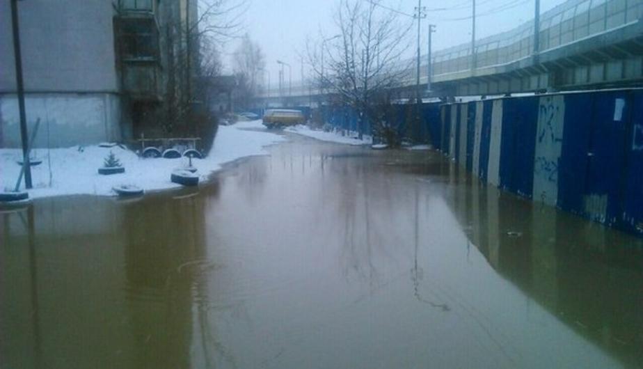 Мэрия хочет судиться со строителями из-за потопа на Октябрьском острове - Новости Калининграда